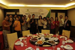 FIESTA Communities, Inc. bags the Land Bank Gawad Kaagapay 2015 Award for Large Non-Agri Business